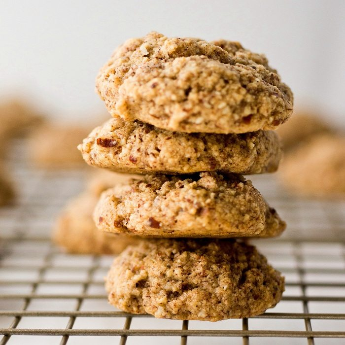 Chewy Ginger Cookies (Gluten-Free Guest Post) | All Day I Dream About ...