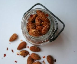 Spicy Roasted Almonds (get your Low Carb snack on!)