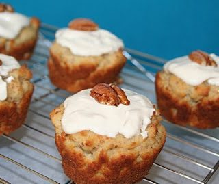 Maple Pecan Muffins with Maple Glaze (Low Carb)