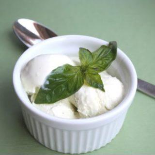 Basil Ice Cream (Low Carb)