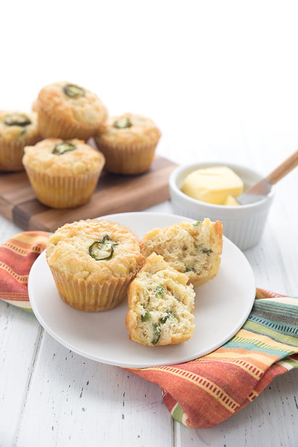 Easy keto muffins with jalapeños and cheddar