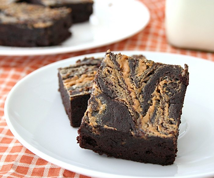 Peanut Butter Swirl Brownies – Low Carb and Gluten-Free