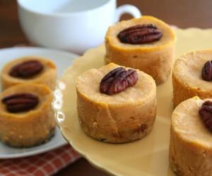 Low Carb Mini Maple Pumpkin Cheesecakes