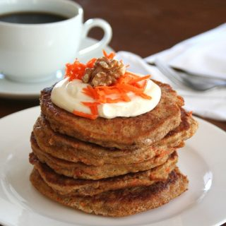 Carrot Cake Pancakes – Low Carb and Gluten-Free