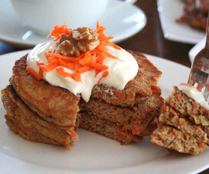 Low Carb Carrot Cake Pancakes | All Day I Dream About Food