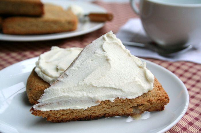 Low Carb Gingerbread Scone Recipe