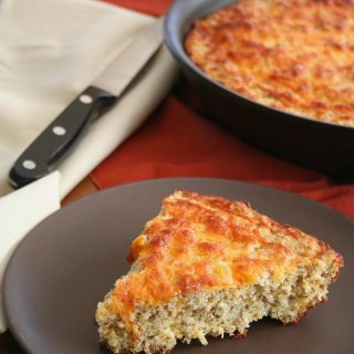 Cheesy Skillet Bread – Low Carb and Gluten-Free