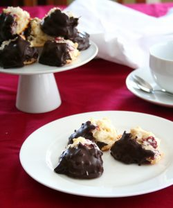 Cranberry Almond Macaroons