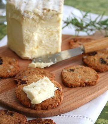 Gluten-Free Raisin Rosemary Crackers