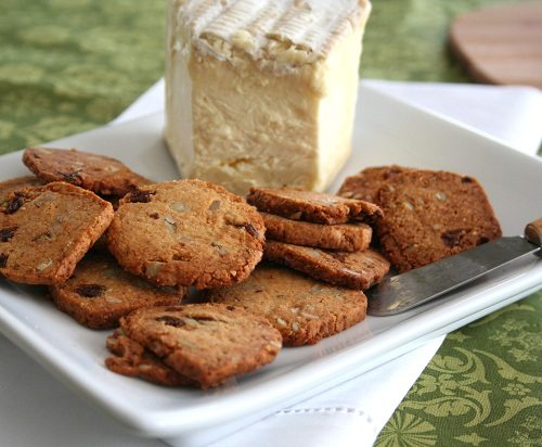 Low Carb Raisin Rosemary Crackers