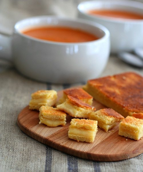 Low Carb Grilled Cheese Croutons