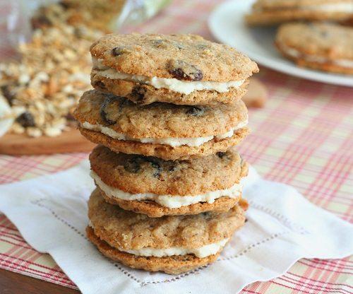 Gluten-Free Muesli Cream Pies