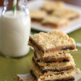 Salted Caramel Crumb Bars – Low Carb and Gluten-Free