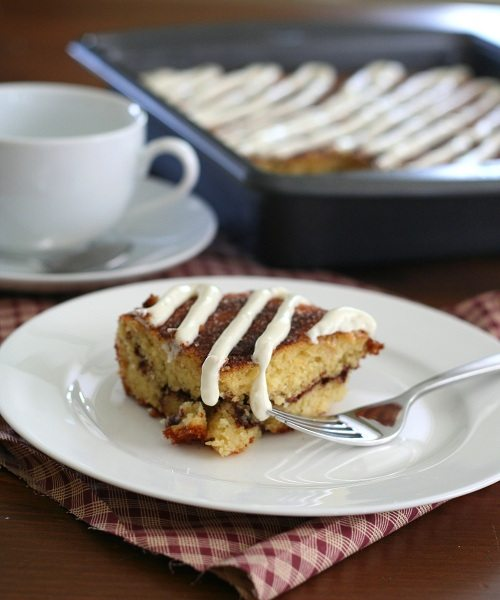Low Carb Cinnamon Roll Coffee Cake @dreamaboutfood