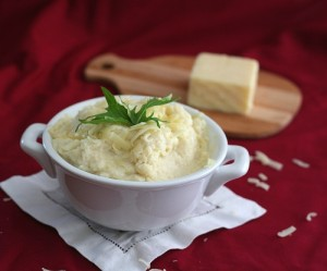 Sour Cream and Cheddar Mashed Cauliflower 3