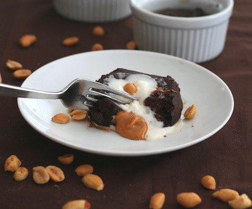 Low Carb Molten Chocolate Peanut Butter Cakes