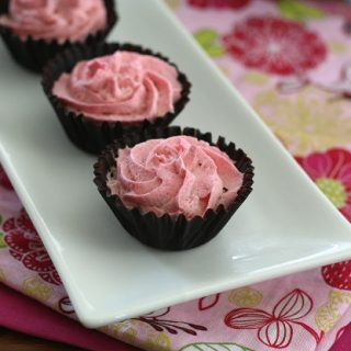 Low Carb Mini Raspberry Mousse Chocolate Cups