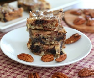 Low Carb Salted Caramel Pecan Blondies