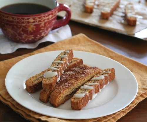 Low Carb Cinnamon Roll Biscotti