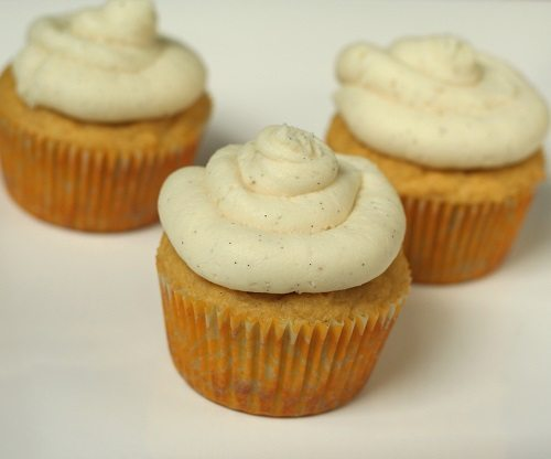 Low Carb Vanilla Bean Cupcakes
