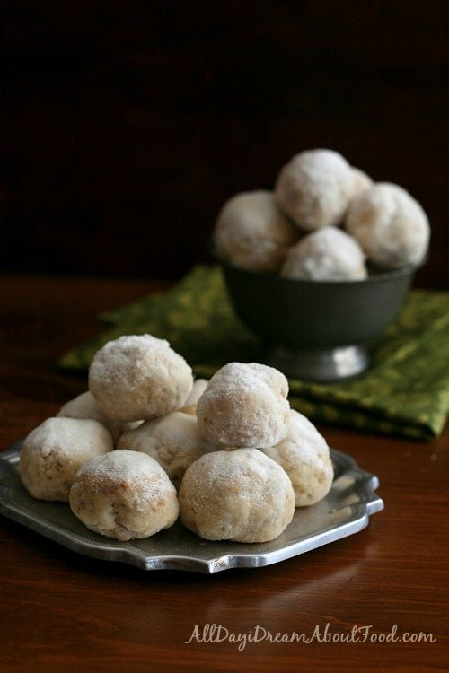 Low Carb gluten-free snowball cookies