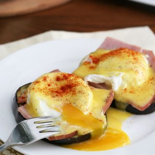 Healthy Low Carb Eggs Benedict with Eggplant