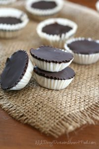 Easy Low Carb Chocolate Coconut Cups