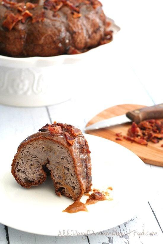 Low Carb Gluten-Free Caramel Bacon Monkey Bread