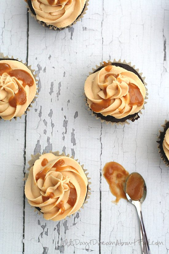 Low Carb Gluten-Free Salted Caramel Brownie Cupcakes
