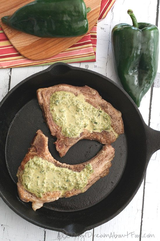 Low Carb Roasted Poblano Sauce over Pan-Seared Pork Chops