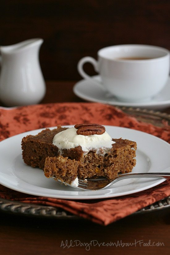 Low Carb Slow Cooker Pumpkin Pecan Cake