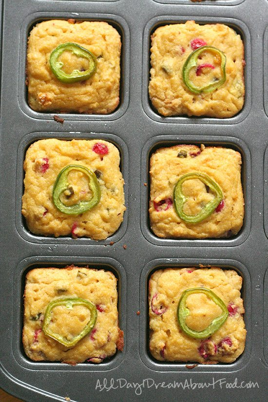 Low Carb Grain-Free Cornbread Recipe