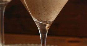 Low Carb Gingerbread Martini Cocktail