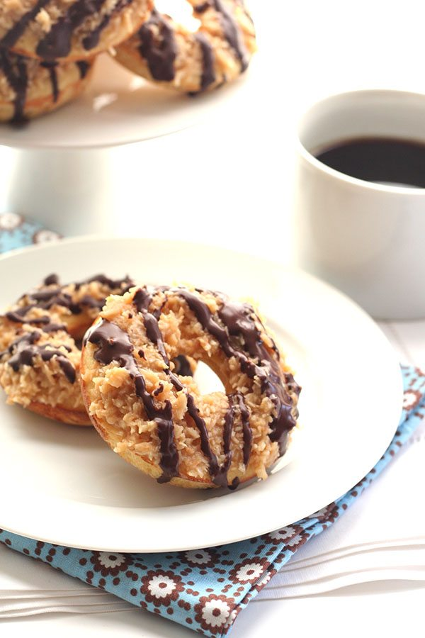 Sugar-free Grain-Free Donuts with caramel and coconut