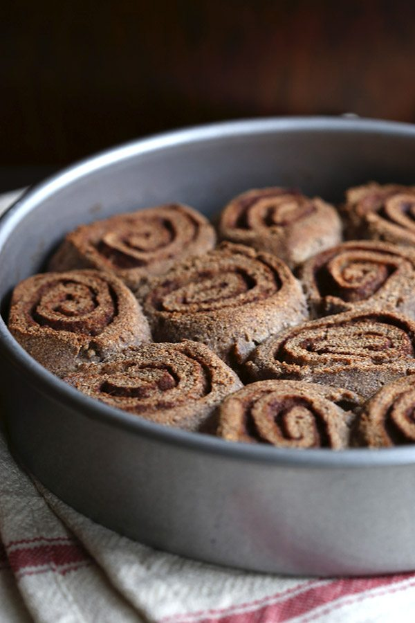 Low Carb Caramel Pecan Sweet Rolls