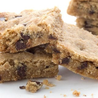 Close up photo of brown butter chocolate chip blondies
