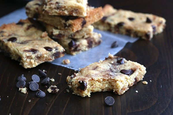 Low Carb Grain-Free Blondies with Browned Butter and Chocolate Chips