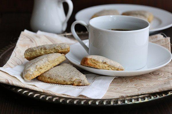 Low Carb Starbucks Copycat Recipe - Mini Vanilla Bean Scones