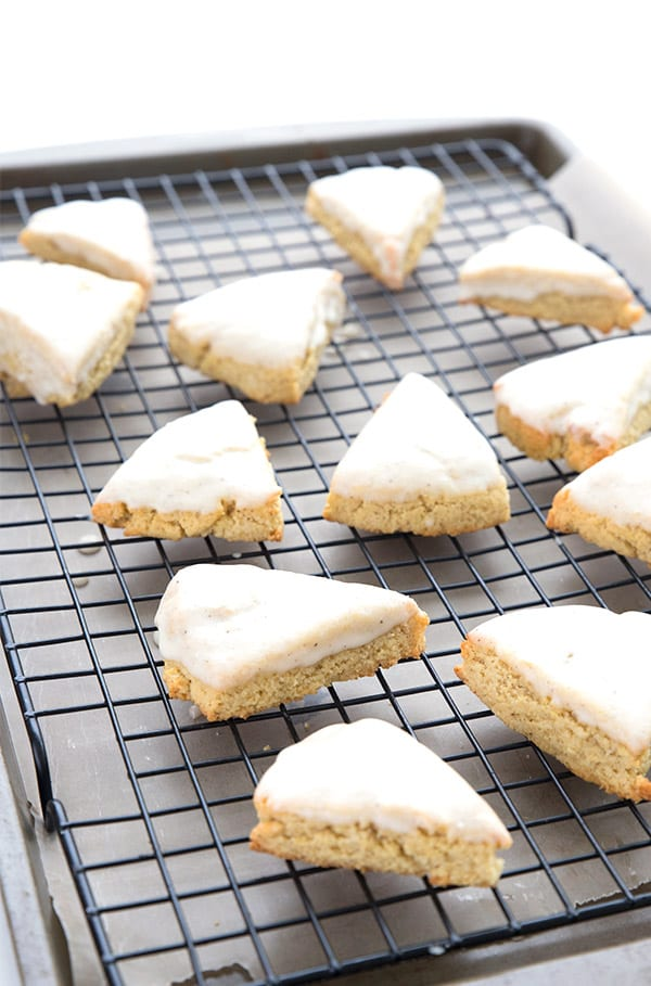 Mini vanilla scones on a baking rack