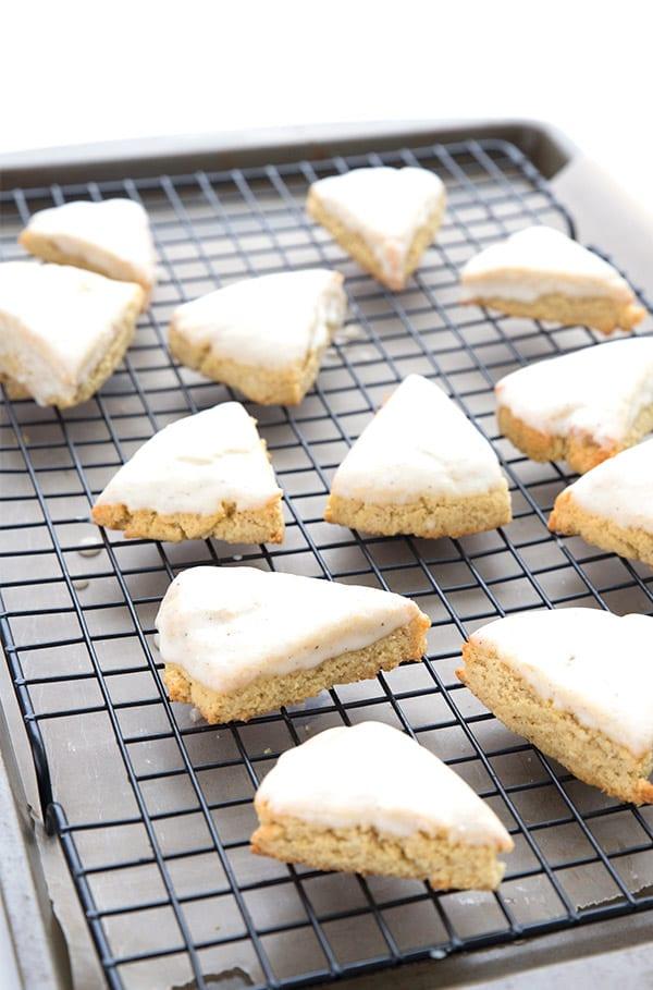 Mini vanilla scones on a baking rack