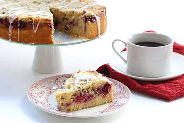 This delicious low carb cranberry orange coffee cake will quickly become a holiday favourite.