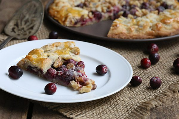 This needs to be your new low carb Thanksgiving dessert! Grain-free cranberry walnut galette.