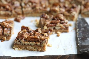 These low carb, grain-free Pecan Toffee Bars will easily become your new favourite healthy treat!