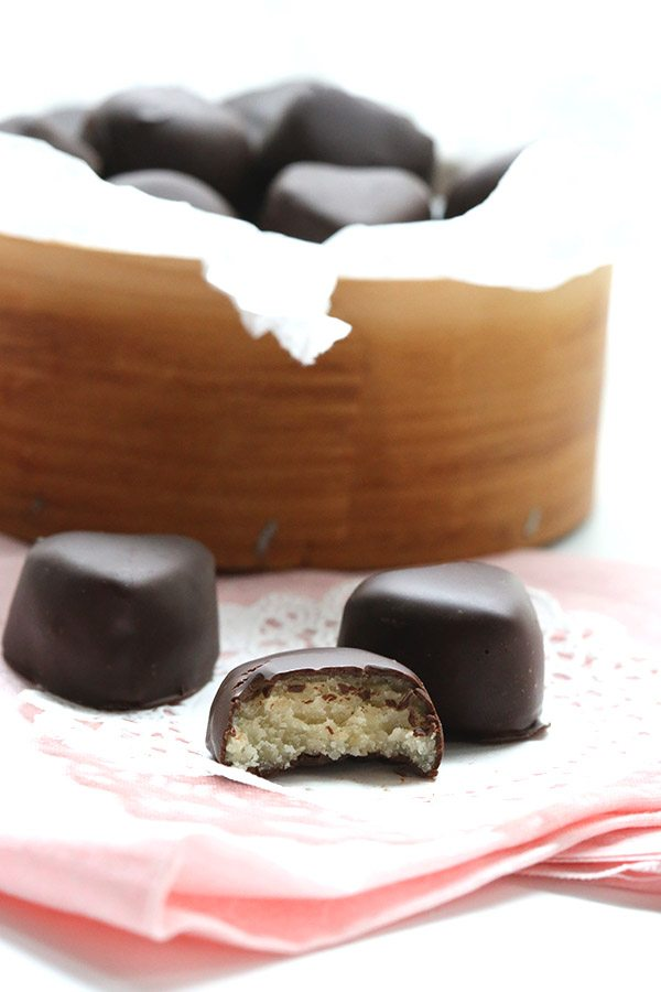 Yummy healthy chocolate covered marzipan hearts. Low carb and sugar-free.