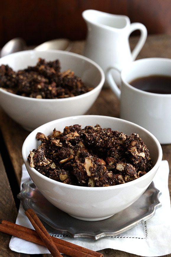 Start your low carb day right with a healthy chocolate granola.