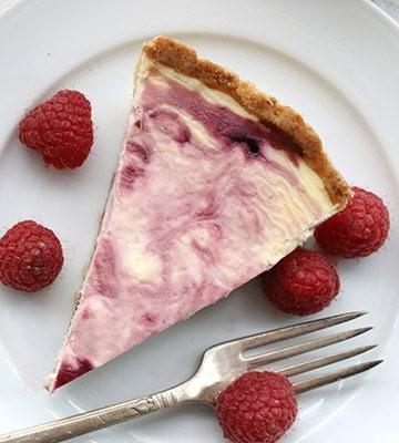 Low Carb Grain-Free White Chocolate Raspberry Swirl Cheesecake Recipe