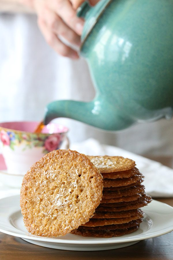 Thin and crisply caramel coconut cookies that are actually low carb and gluten-free