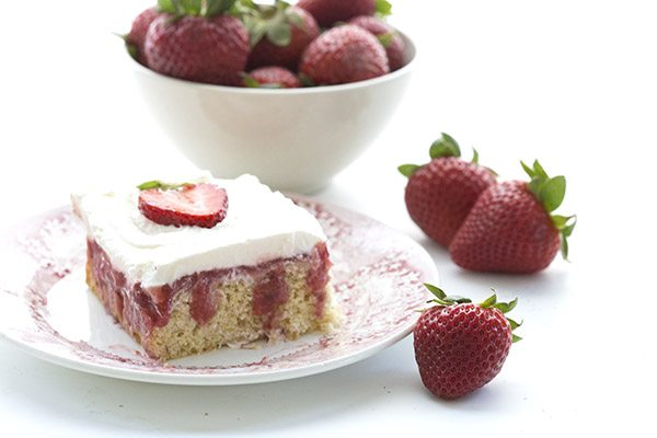 Best low carb strawberry shortcake poke cake recipe, THM-friendly