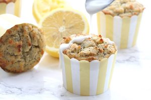 Low Carb Lemon Poppyseed Muffins