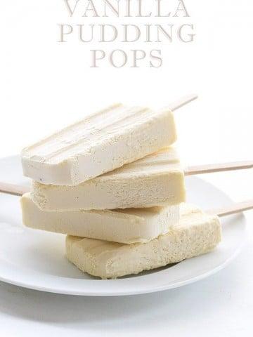 Easy low carb vanilla pudding popsicle recipe. A delicious keto summer recipe!